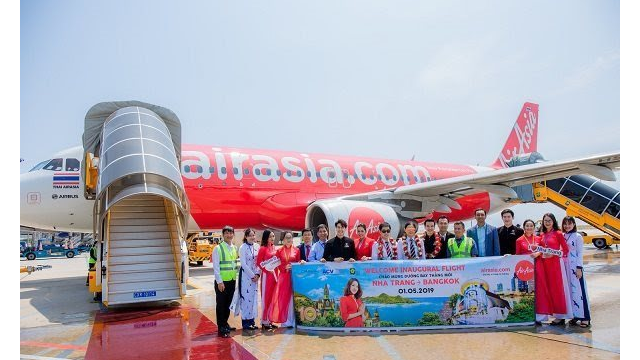 Foreign airlines seek niche market in Vietnam