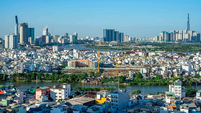 Government to increase budget for Ho Chi Minh City after 18 years